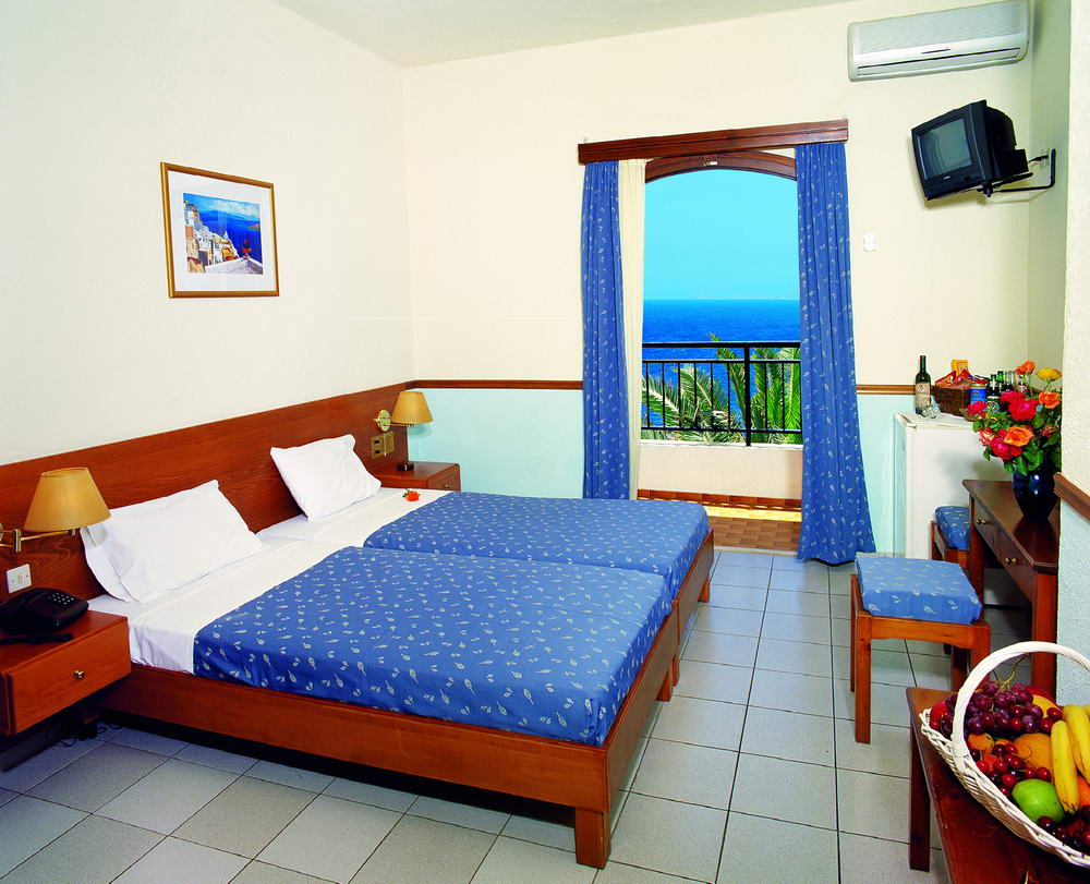 ACCOMMODATION_WITH_SEAVIEW_4166