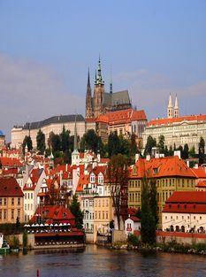 Прага весной Праж град
